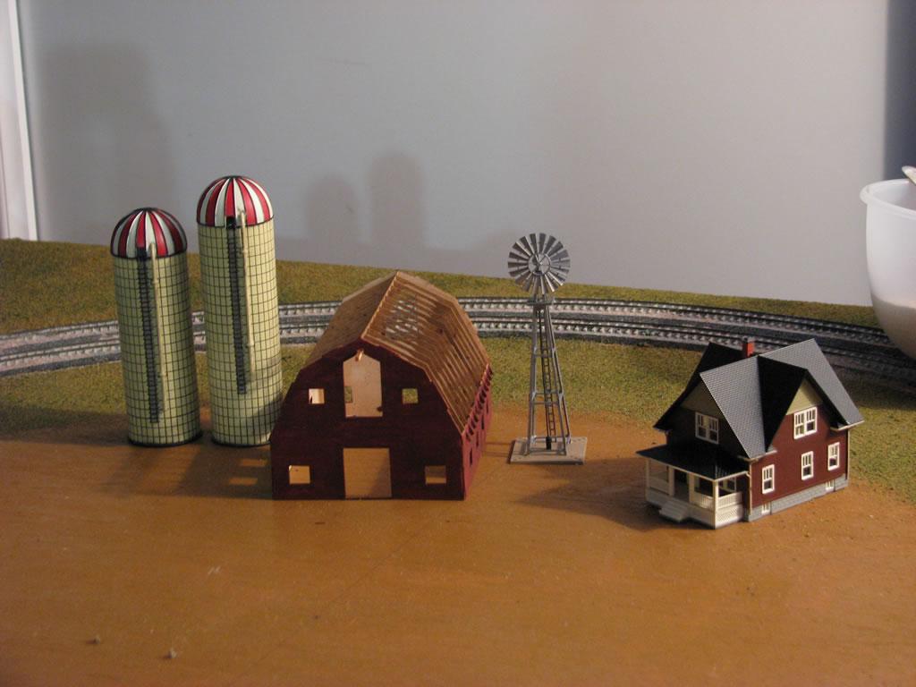 N scale farm buildings list